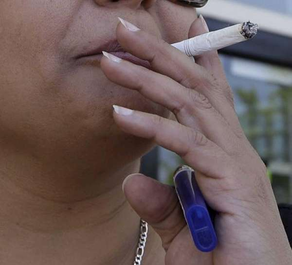 Smoking can lead to chronic obstructive pulmonary disease
