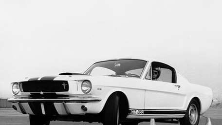 The initial batch of Shelby GT350s was based