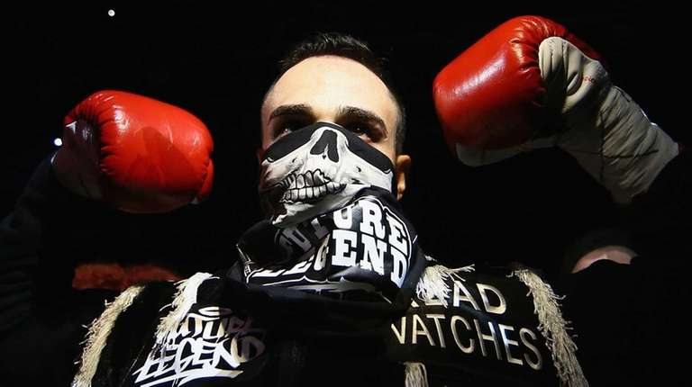 Paulie Malignaggi enters the ring against Zab Judah