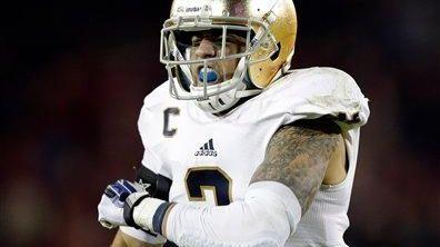 Notre Dame cornerback Bennett Jackson celebrates an interception