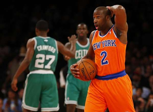 Raymond Felton reacts in the first quarter of