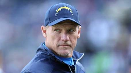 San Diego Chargers offensive coordinator Ken Whisenhunt looks