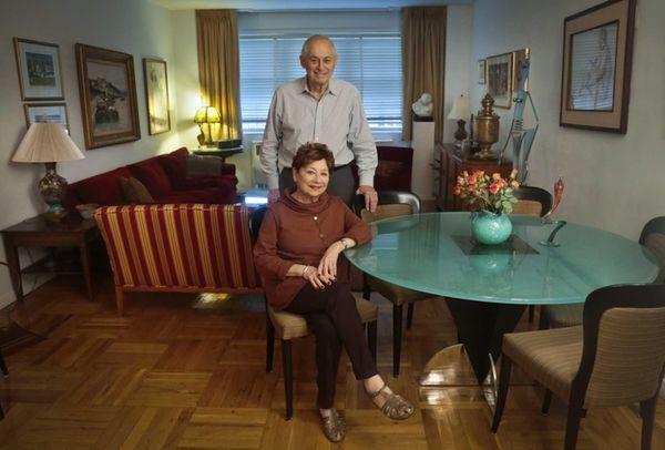 Victims of Bernie Madoff's massive Ponzi scheme, Morton