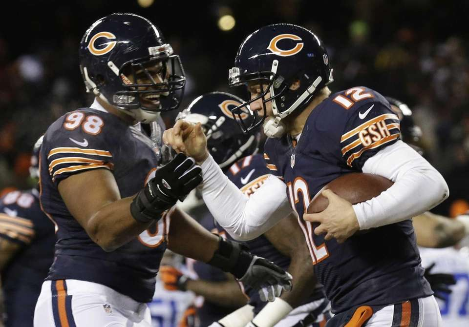 Chicago Bears quarterback Josh McCown (12) celebrate a