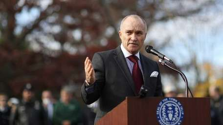 NYPD Commissioner Ray Kelly speaks during a ceremony