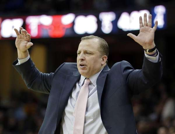 Chicago Bulls head coach Tom Thibodeau gestures in