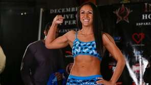 CARLA ESPARZA Record: 9-2 Hometown: Redondo Beach, Calif.