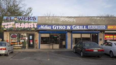 Mekan Gyro & Grill is tucked away in