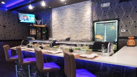 Otaki Sushi is an Asian-fusion restaurant in Garden