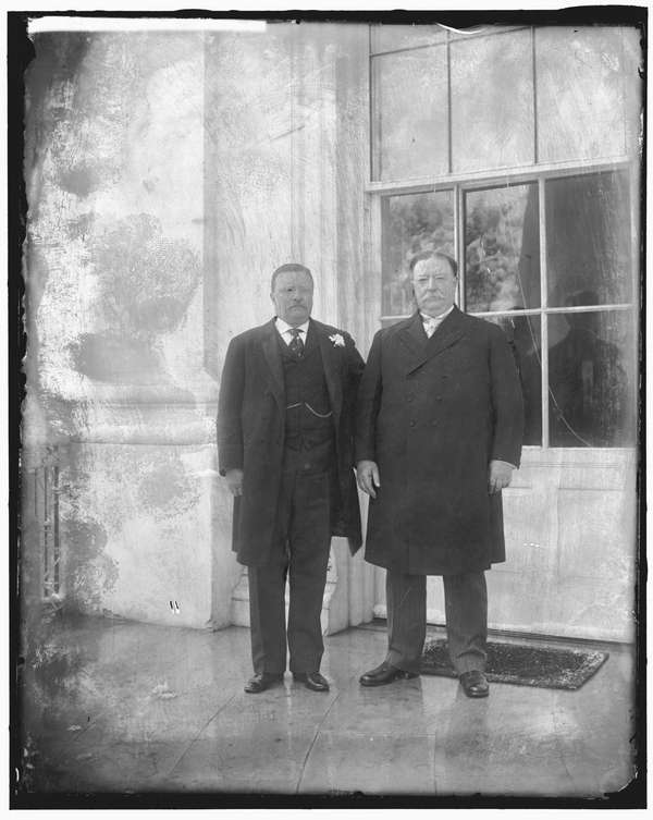 WILLIAM HOWARD TAFT, Cincinnati William Howard Taft, right,