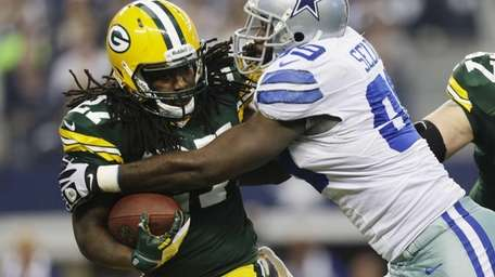 Green Bay Packers running back Eddie Lacy (27)