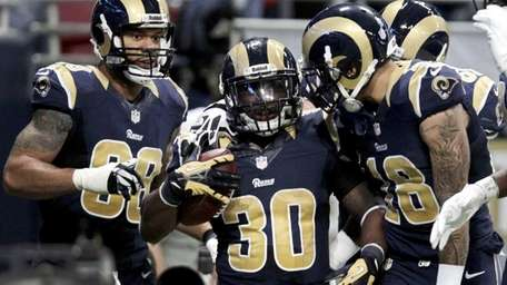 St. Louis Rams running back Zac Stacy (30)