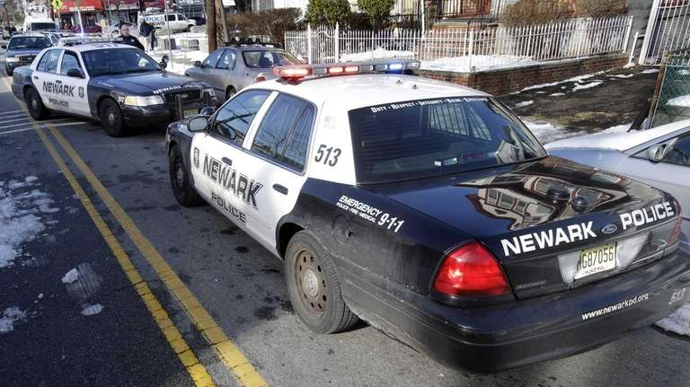 Newark police and Essex County prosecutor's officers converge