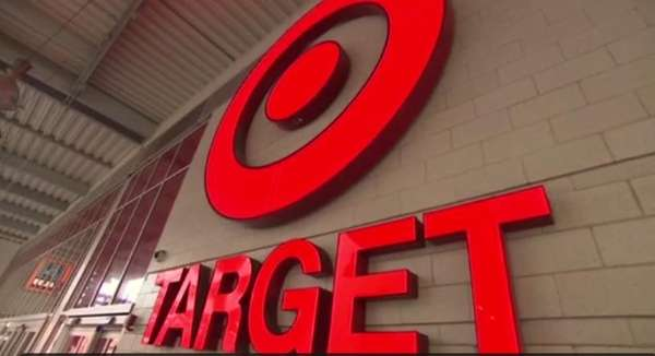 Target announced that 40 million of its customers may have had their credit card account information compromised following a security breach during the busiest shopping week of the year. (Dec. 19, 2013)