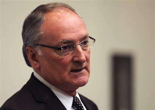 Notre Dame Athletic Director Jack Swarbrick speaks to