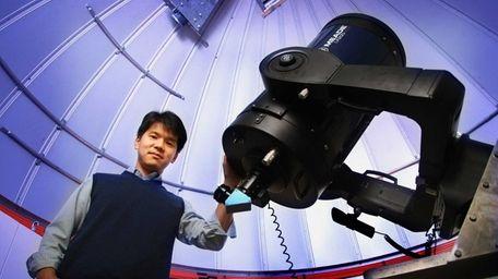 Stony Brook University astronomer Prof. Jin Koda with