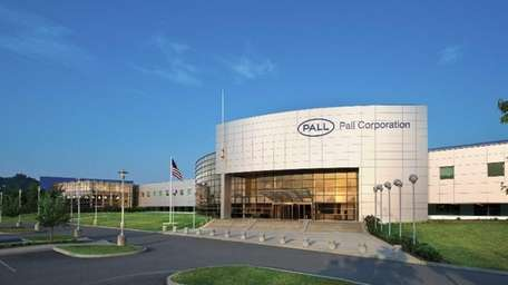 Port Washington-based filtration company, Pall Corp., has agreed