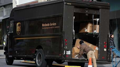 It was reported that UPS and FedEx are