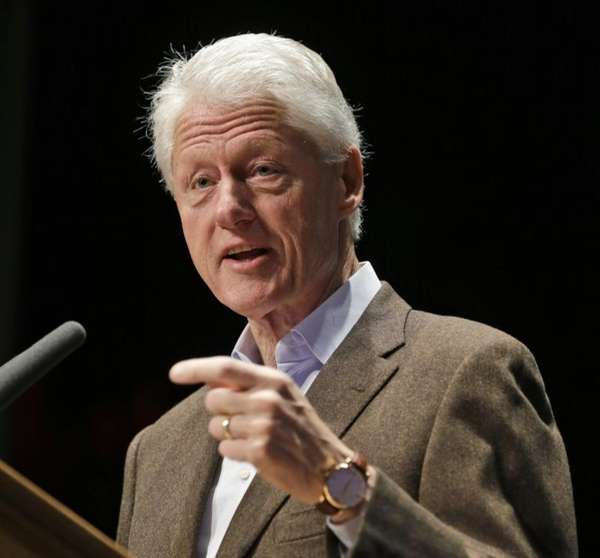Bill Clinton will swear in New York City's