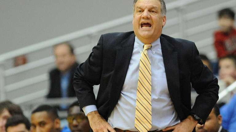Hofstra head coach Joe Mihalich calls out instructions