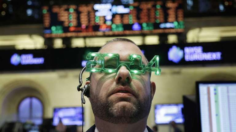 A trader wears glasses celebrating the New Year