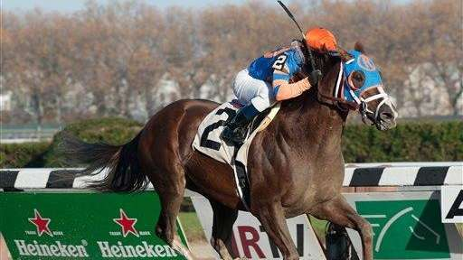 Caixa Eletronica, ridden by Javier Castellano, captures The