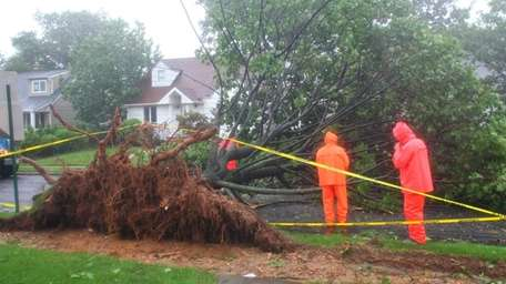 Crews from the Town of North Hempstead work