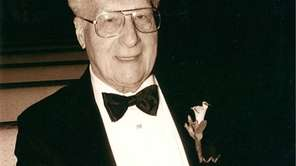 Samuel Walton, a leading Long Island developer of
