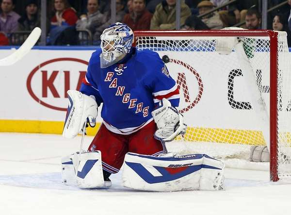 Henrik Lundqvist surrenders a second-period goal against James