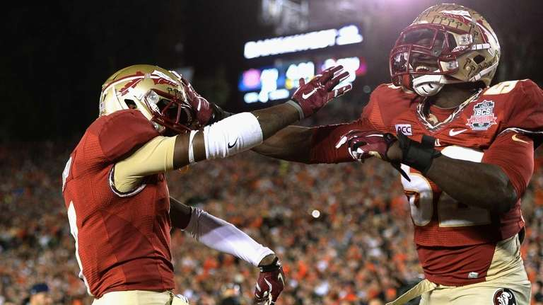 Levonte Whitfield #7 of the Florida State Seminoles