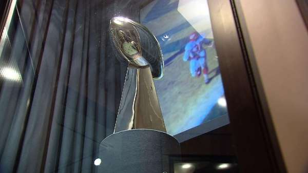The original 1967 Vince Lombardi Trophy has arrived