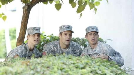 From left, Randy (Parker Young), Pete (Geoff Stults)
