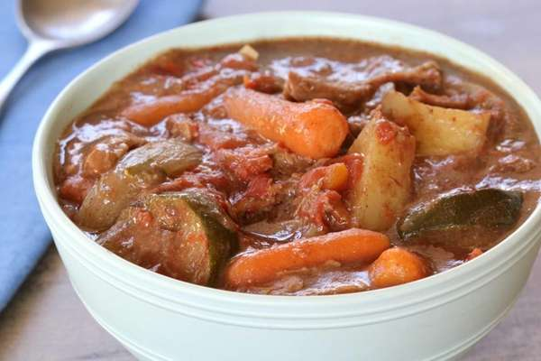 Slow cooker beef stew. (January 2014)