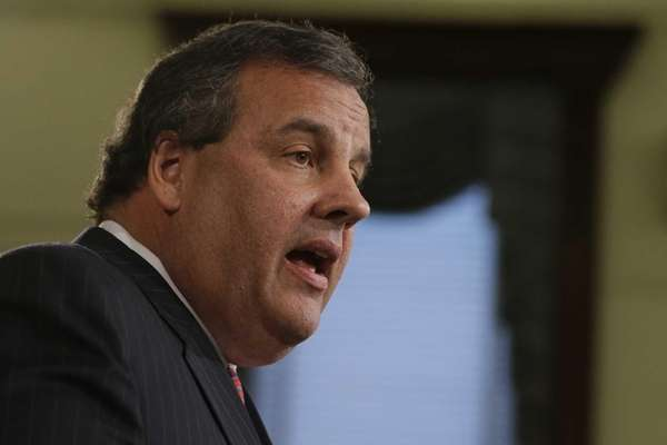 New Jersey Gov. Chris Christie speaks during a