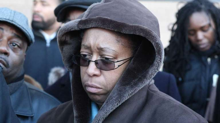 Delores Sharpe leaves Nassau District Court after a