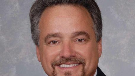 MTA chief Thomas Pendergast named Joseph J. Giulietti
