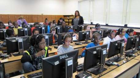 Malverne fifth- and sixth-graders participated in Computer Science