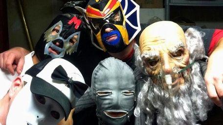 Members of the band O El Amor, clockwise