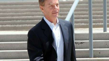 The bribery trial of former Systemax executive Carl