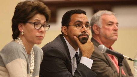(L-R) NYS Board of Regents Chancellor Merryl Tisch,