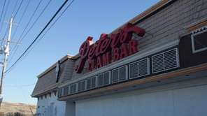 Peter's Clam Bar in Island Park.