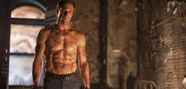 Aaron Eckhart plays a very different Frankenstein --