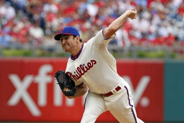 John Lannan throws a pitch against the Mets