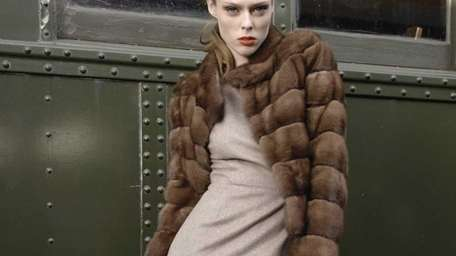 Women's fur coats, vests, ready-to-wear items, handbags and