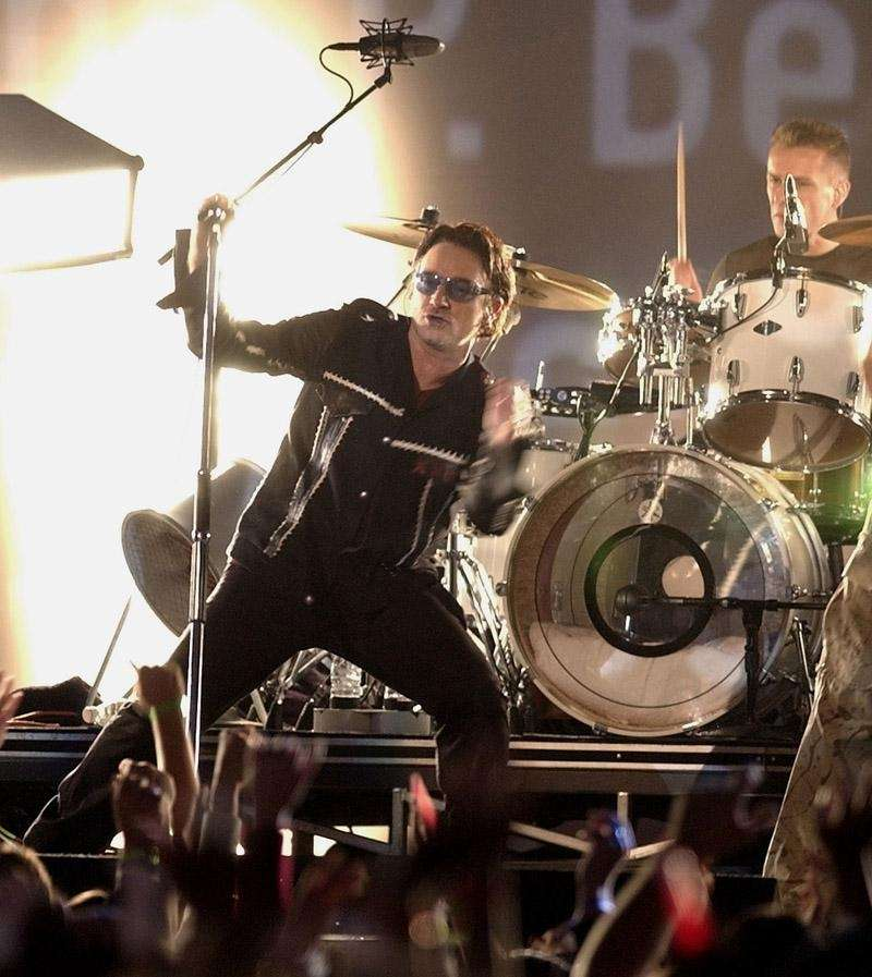 U2, 2002: The first halftime show after 9/11,