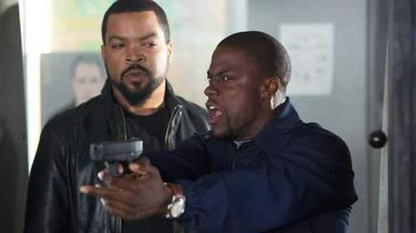 Fast-talking security guard Ben (Kevin Hart, right) joins