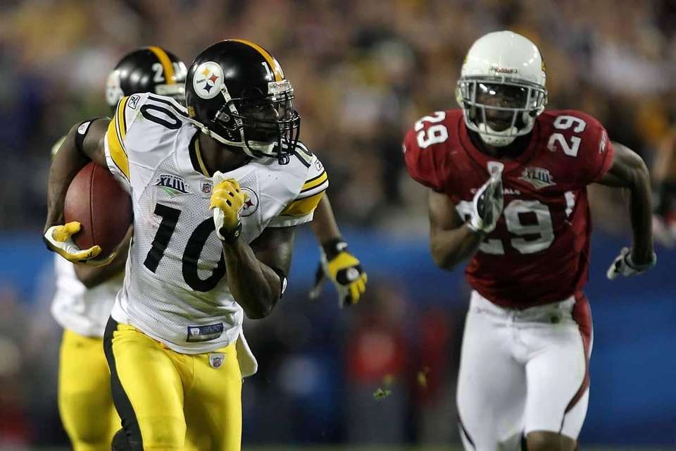 Steelers wide receiver Santonio Holmes was named MVP