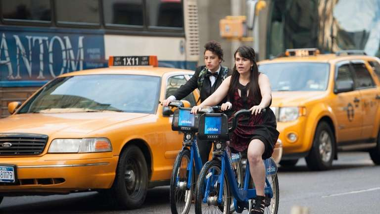 From left, Ilana Glazer and Abbi Jacobson in
