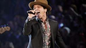 Bruno Mars performs during the 2012 Victoria's Secret