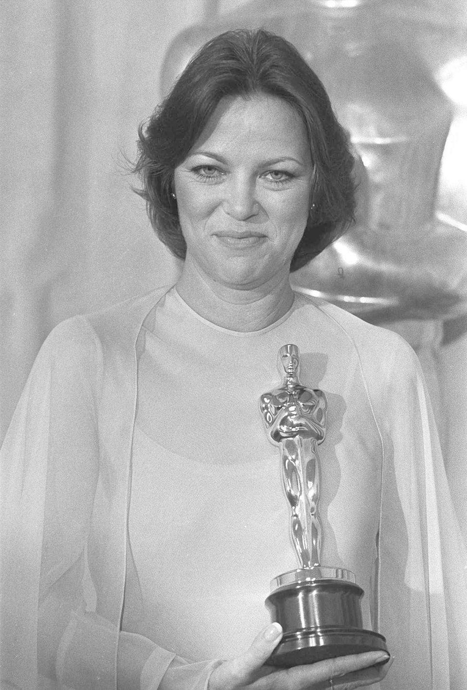 When Louise Fletcher won the best actress Oscar
